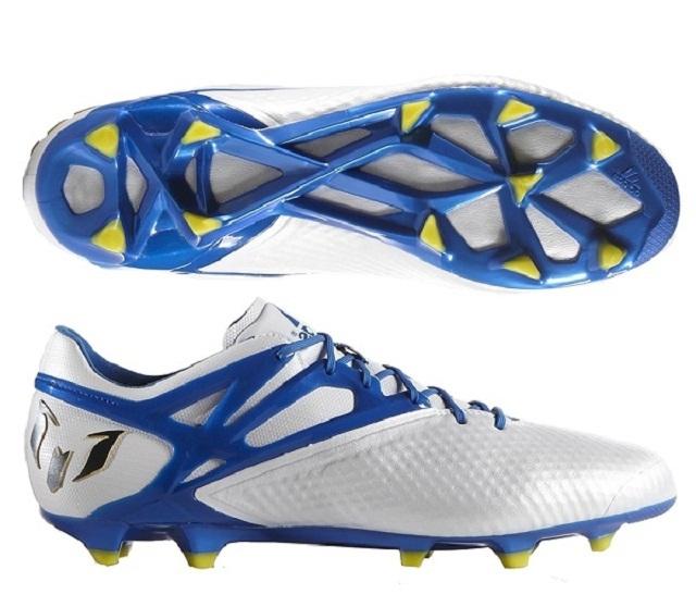 Giá giày đinh bóng đá bao nhiêu là phù hợp