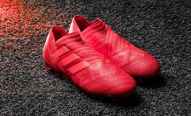 Mách bạn cách cực chuẩn chọn giày đá bóng theo vị trí