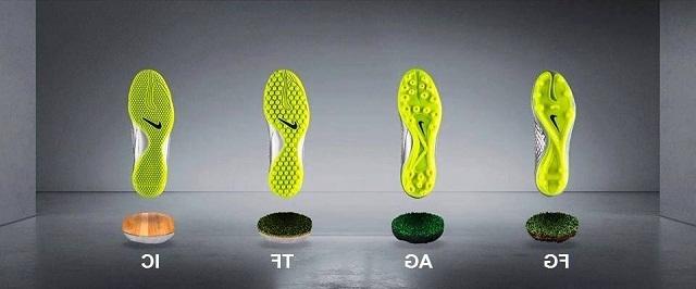 Giày đá bóng đinh AG, SG, FG có phù hợp đá sân cỏ nhân tạo